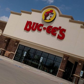 Buc-ee's Review.