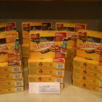30 Lunchables With Drink for FREE!
