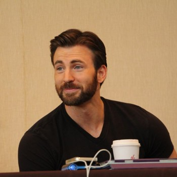 A Captain America Chris Evans Interview