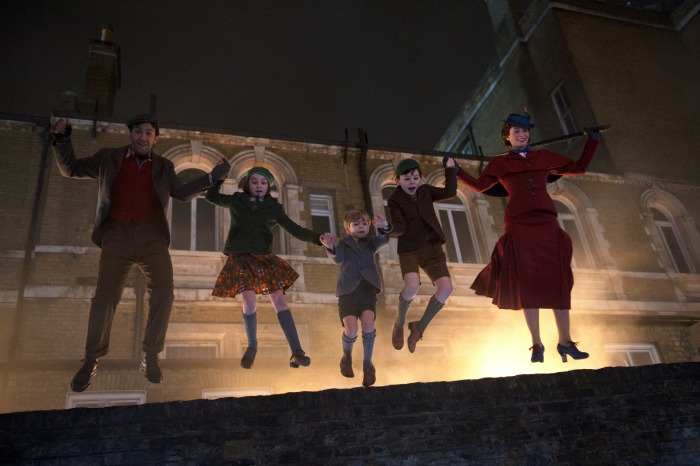 Mary-Poppins-Returns-scene