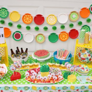 Summer Party Ideas From Wholesale Party Supplies | #AD